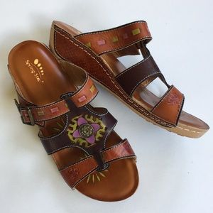 Like new Spring Step leather sandals